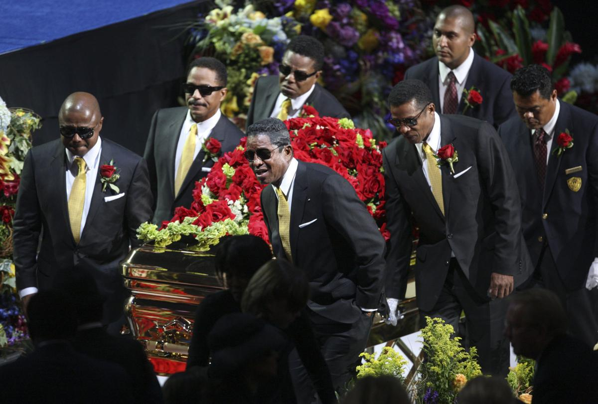 The days the music died a look at funerals of the greats the days the music died a look at funerals of the greats izmirmasajfo
