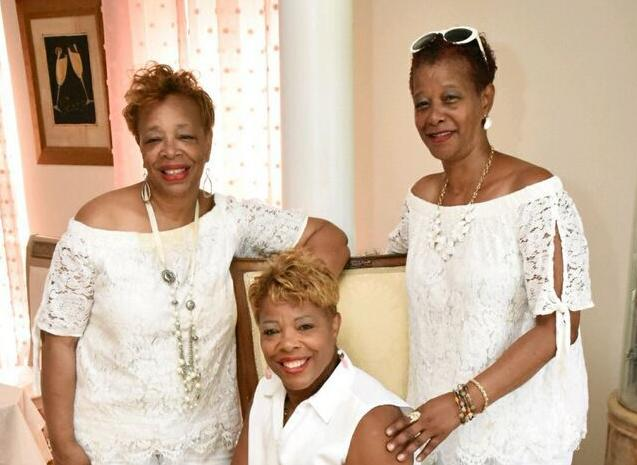 Claudia Averette, Debbie and Dianne - All White Party by the Sea