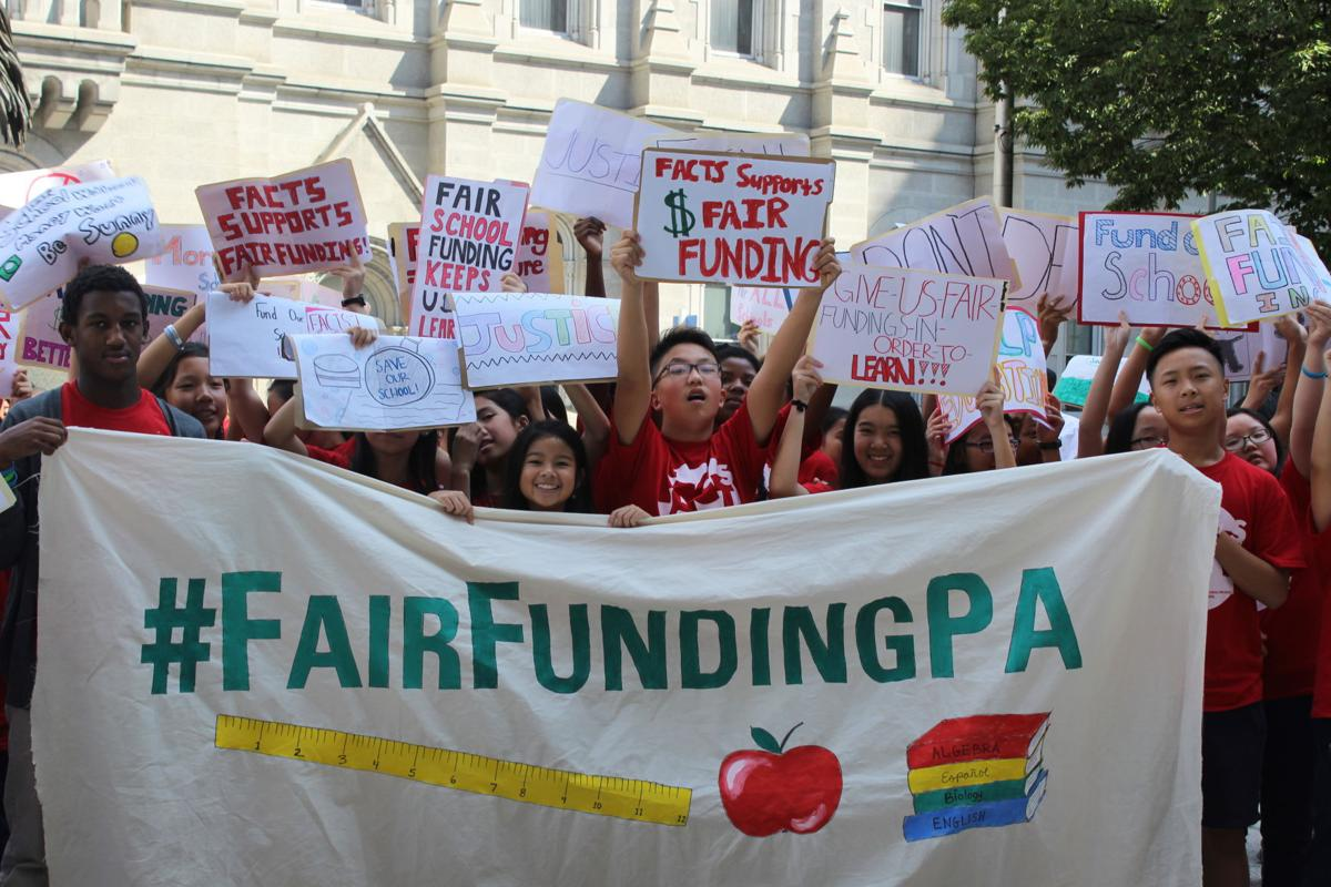 news-schoolfunding031017-01