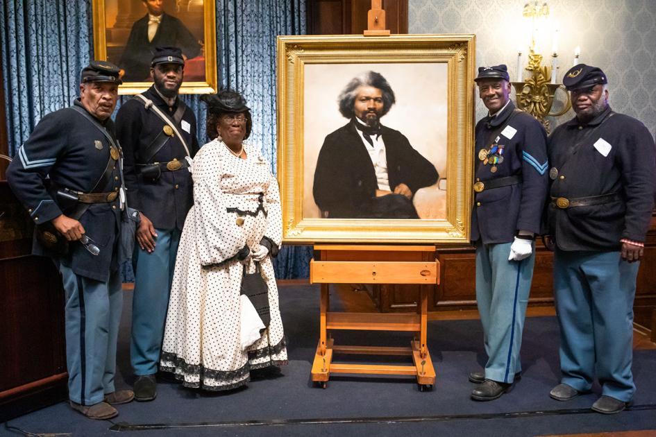 Frederick Douglass portrait unveiled at Union League
