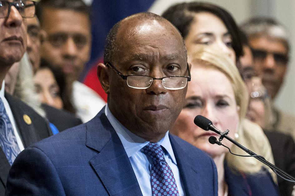Houston Mayor Sylvester Turner wins reelection in runoff