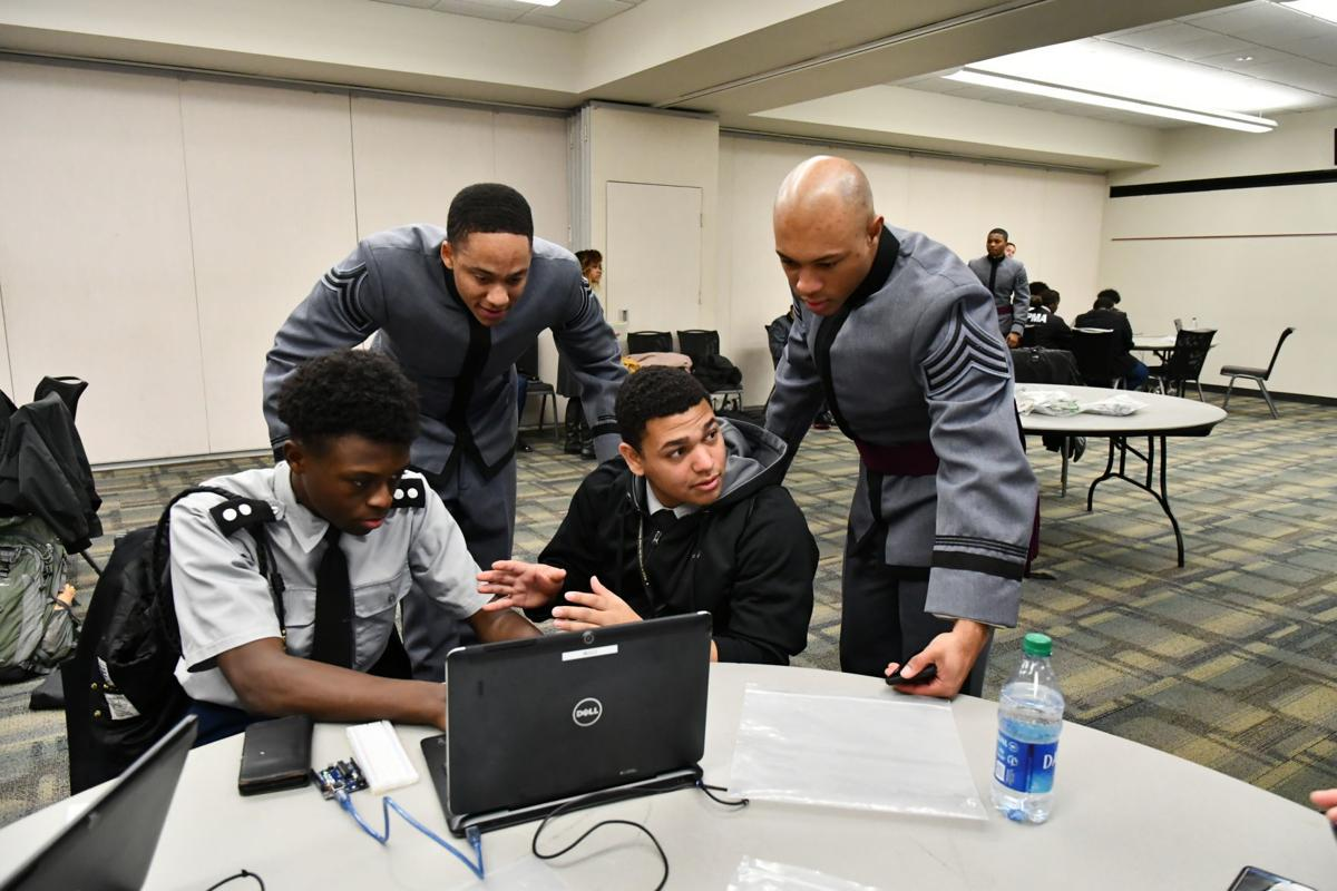 West Point workshop 'LEADS' students on path to success