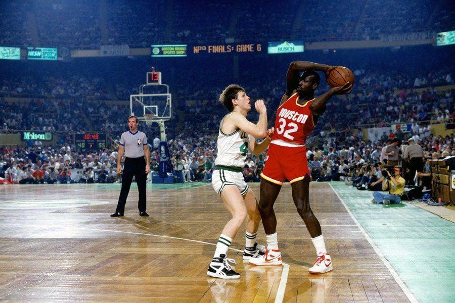 "Lewis ""Black Magic"" Lloyd (32) averaged 13.2 points per game in the NBA."