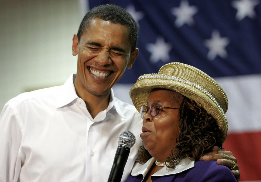 Obama campaign chant creator backs another underdog