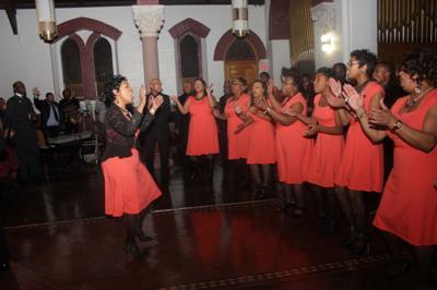 chu-choir112114-01