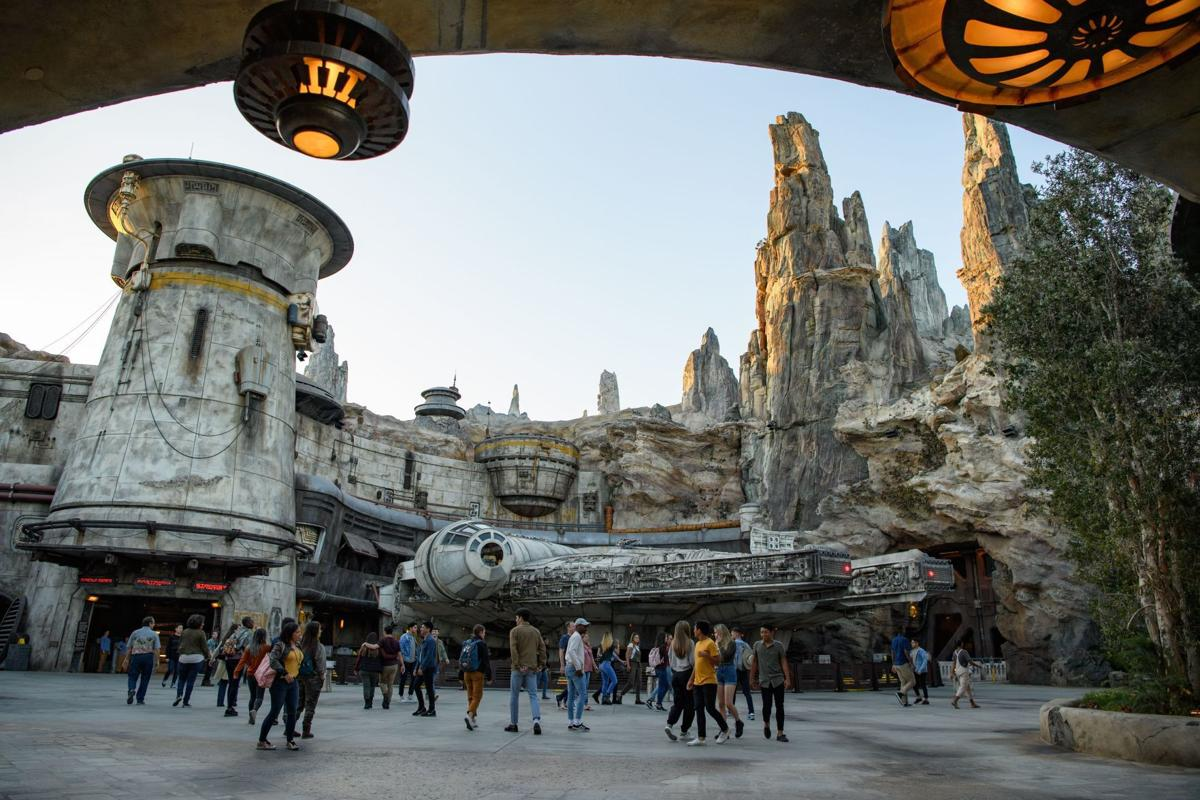 adec24b95 Disney spared no expense in building Star Wars: Galaxy's Edge ...