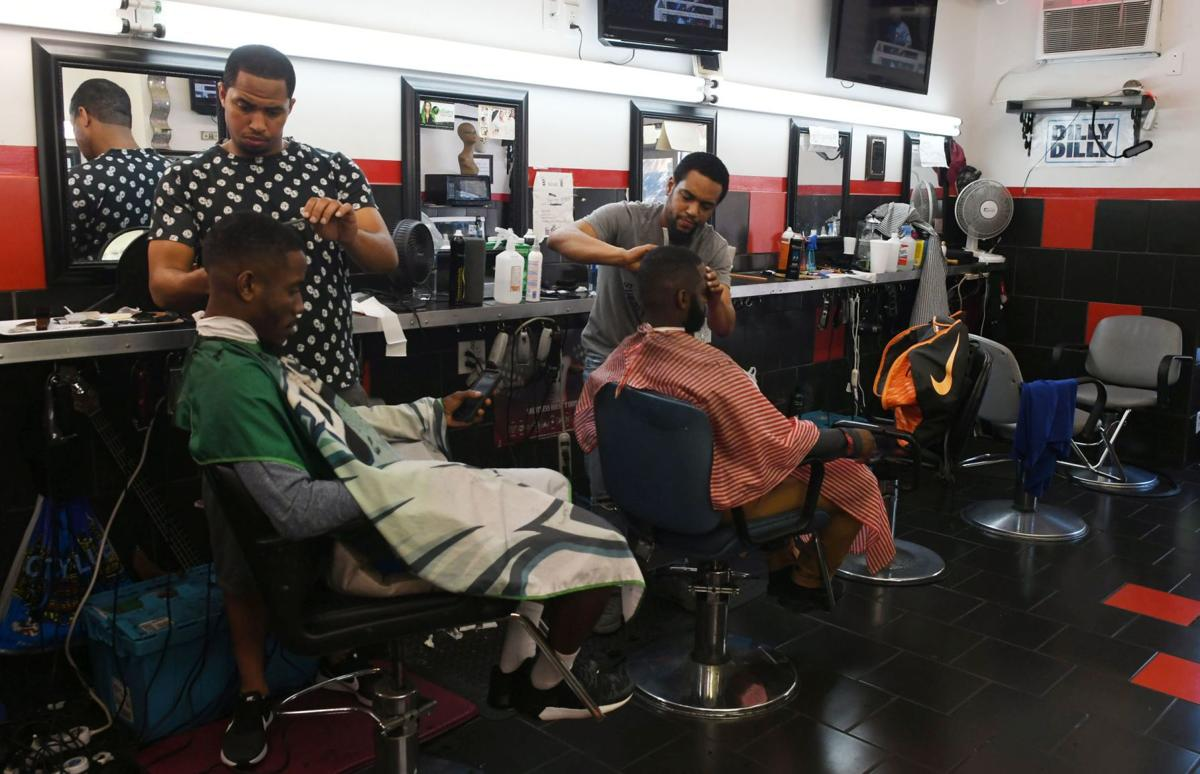 news-barberdads061718-02