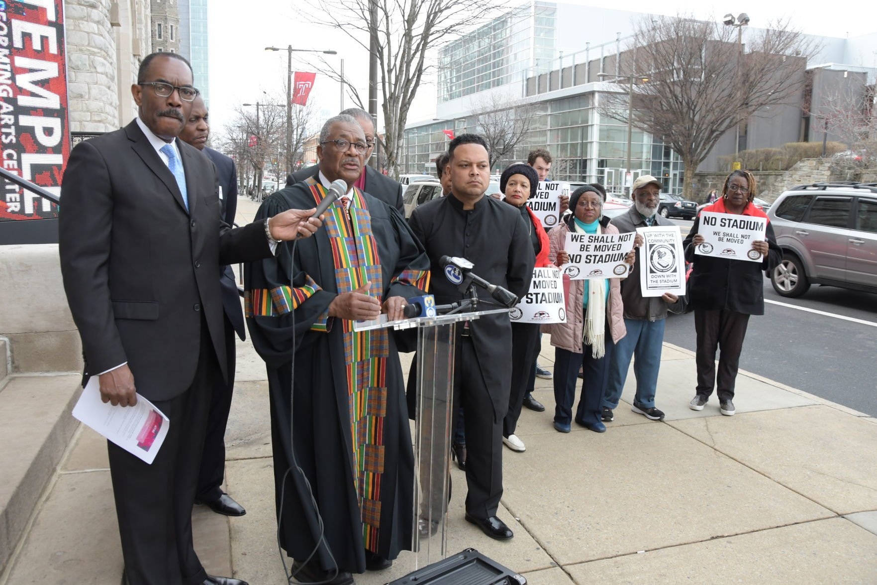 Community groups keep pressure on Temple over