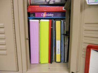 keeping your school locker organized