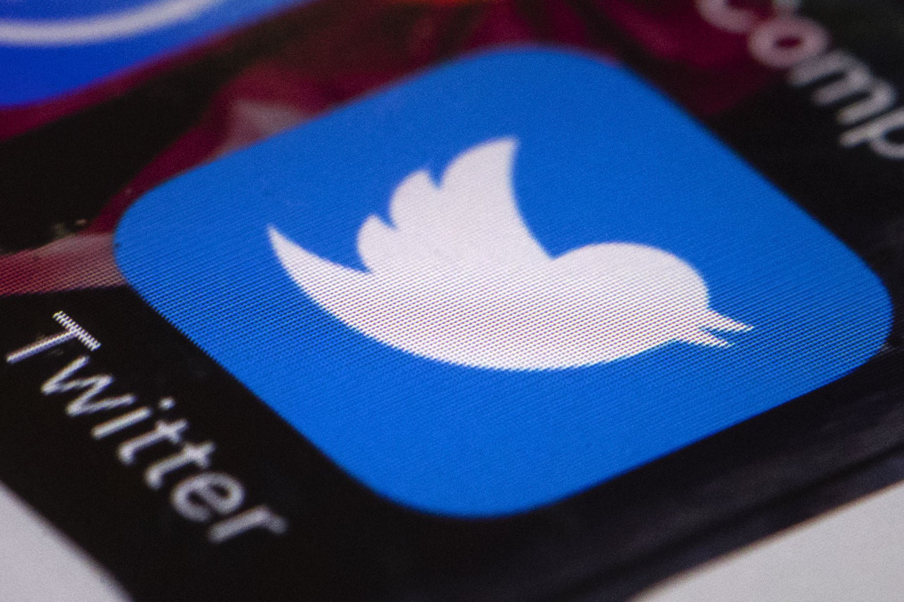 Twitter's Shocking Report Details How Russian Accounts Bought Ads During Election