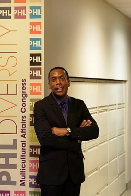 DeShields takes over multicultural congress