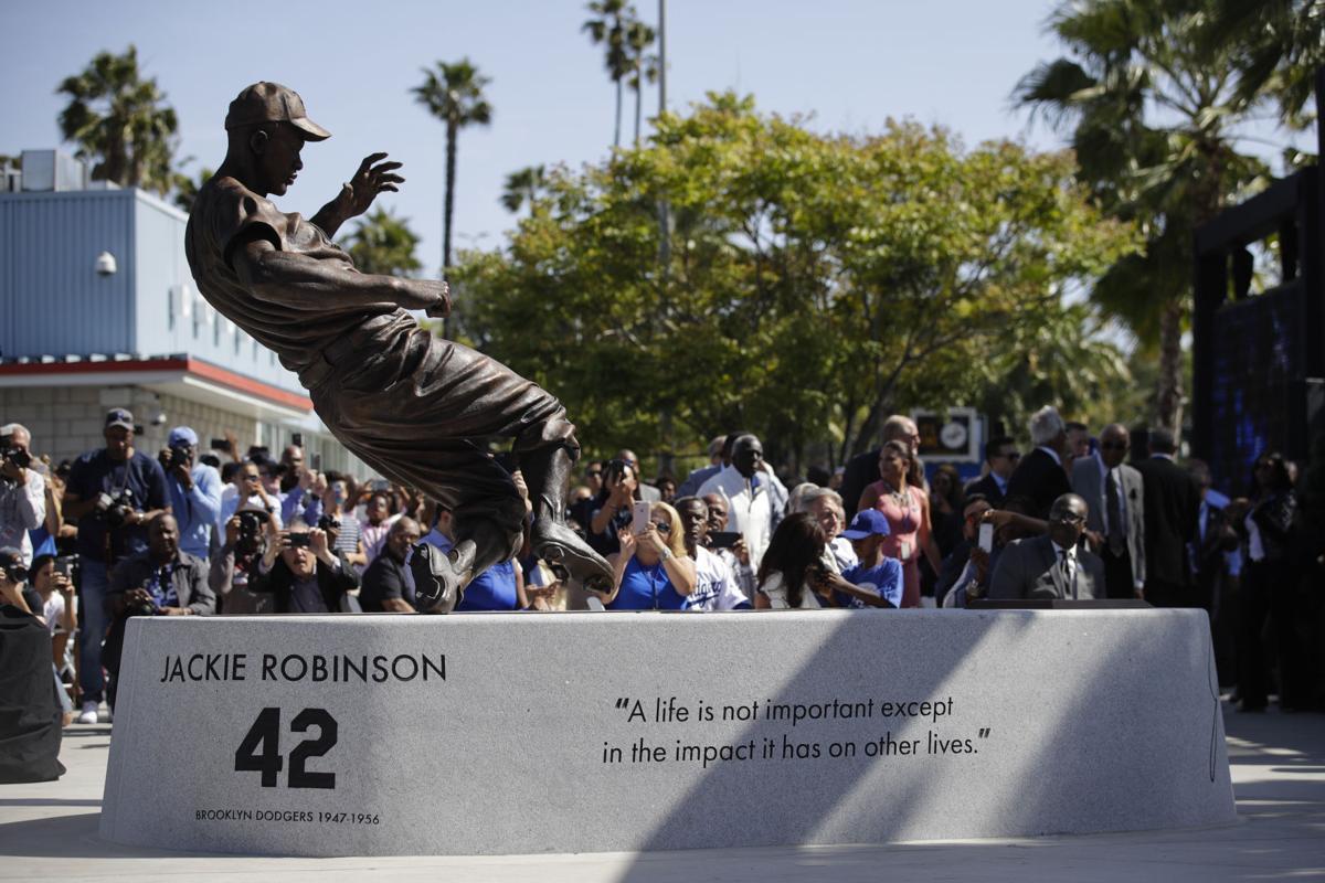 jackie robinson honored  statue  dodger stadium sports phillytribcom