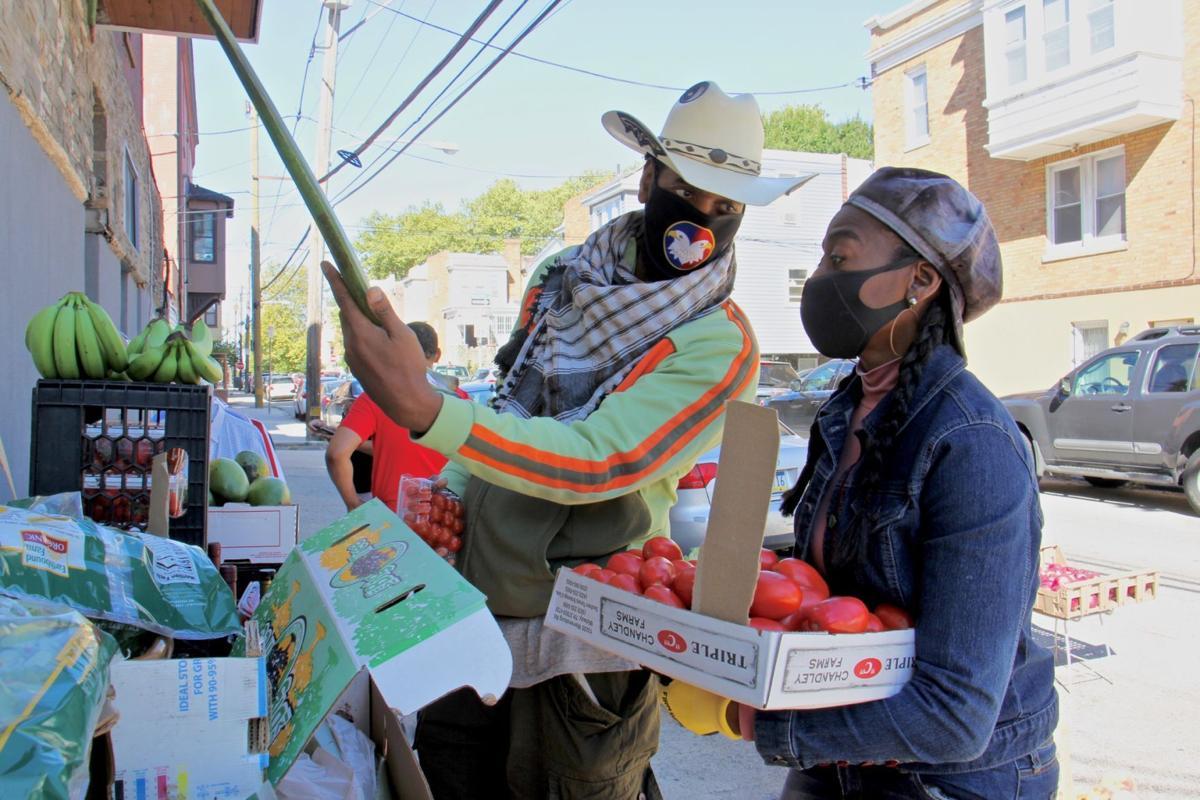 2020 09 19-e lee-derwood selby jennifer burton-philadelphia parrish street-new produce business aloe