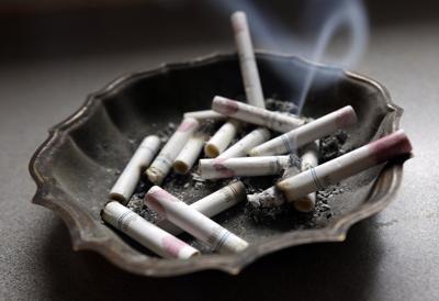 Virus Outbreak Smoking