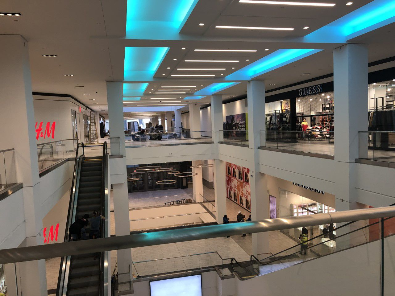 Fashion District Philadelphia brings new retail to Center