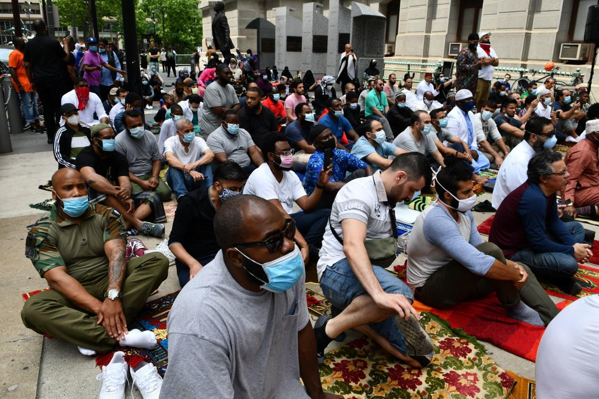 Philadelphia Muslims pray at City Hall on Friday