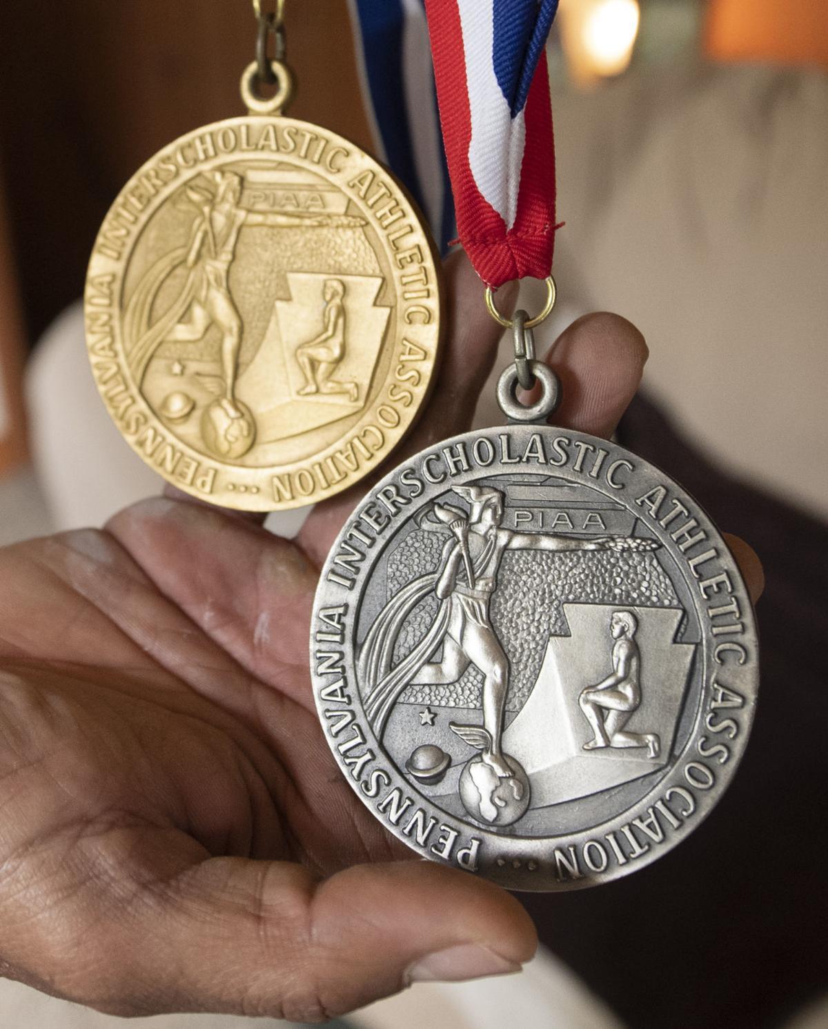 Simmie Strausbaugh's medals