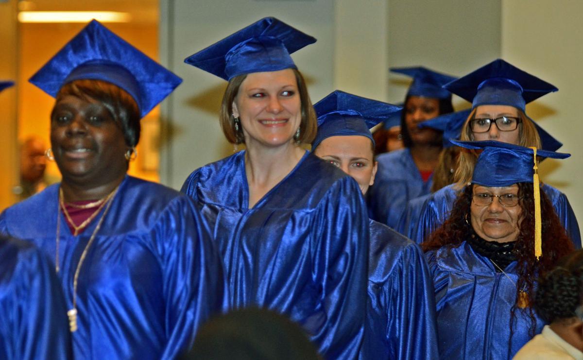 news-graduates021917-02