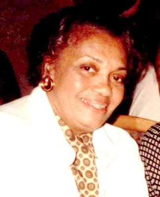 Edith M. Collins, 92, artist and writer