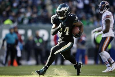 Philadelphia Eagles' Jordan Howard rushes for a touchdown during the second half of Sunday's game against the Chicago Bears at Lincoln Financial Field. — AP Photo/Matt Rourke