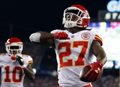 hot sale online 21e48 55aa7 Chiefs RB Kareem Hunt shifts focus to Eagles after dazzling ...