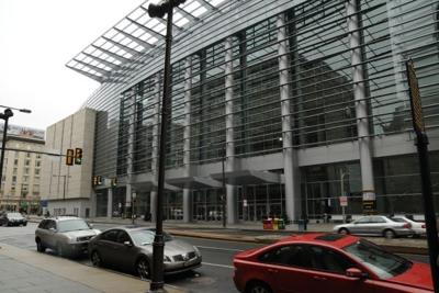 Convention Center officials study privatization