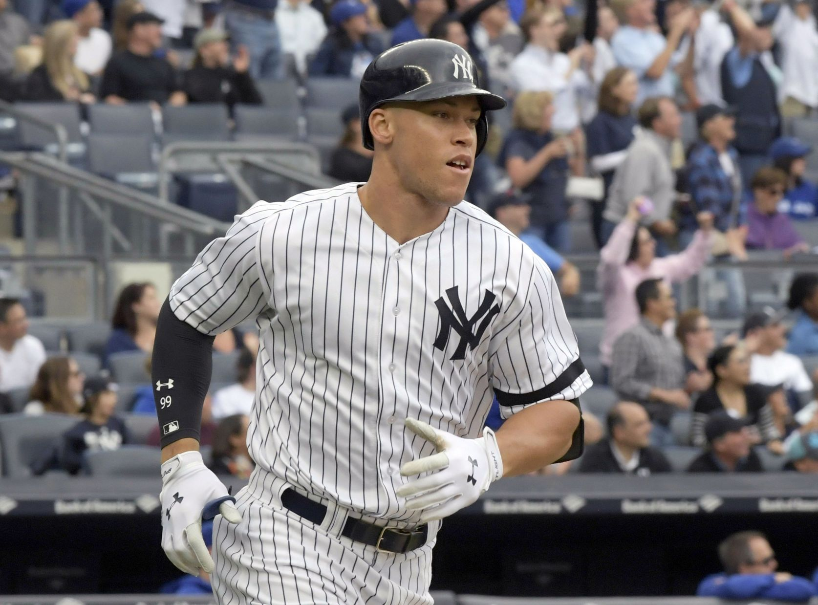 Giancarlo Stanton hits two home runs, needs one more for 60