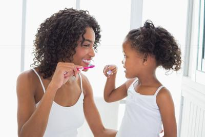 7 Ways to Improve Your Family's Dental Health in the New Year