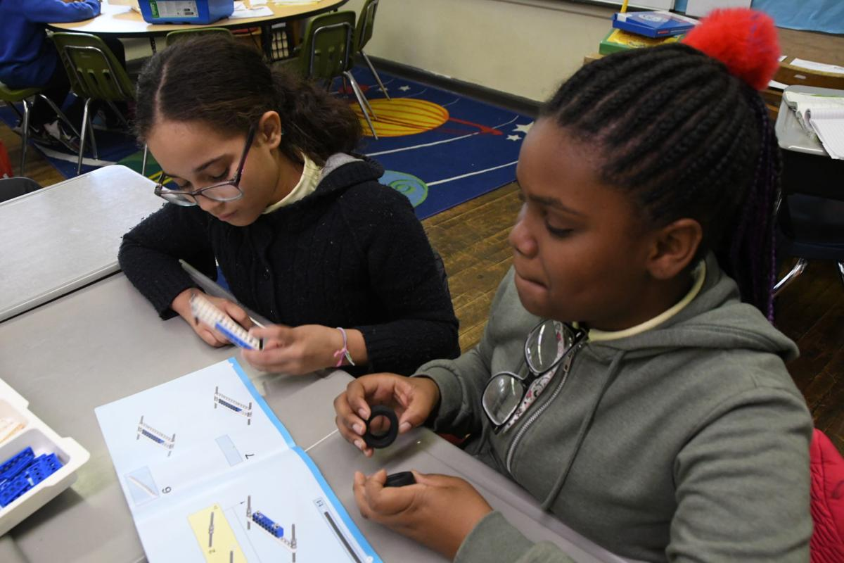 Logan Elementary pushes arts, technology in younger grades