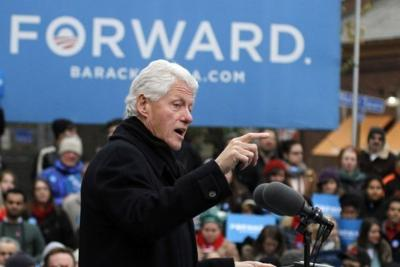 Clinton stumps for Obama in Pa.