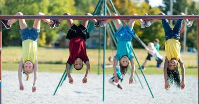 Five reasons kids should play outside more