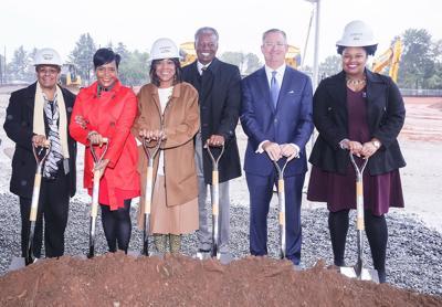 Mayor Keisha Lance Bottoms, Morehouse School of Medicine break ground on new Lee Street development project