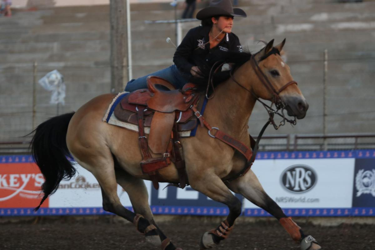 Eloy Resident Finishes In Top 3 At National Jr High Rodeo