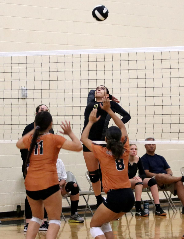 Volleyball: Vista Grande vs. Desert Edge 9/14/21