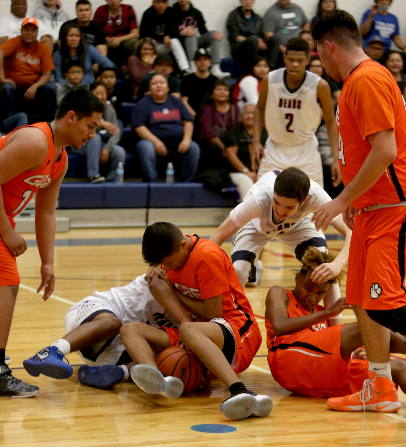 basketball coach cover letter%0A Burries leads Globe to victory over Coolidge   Local Sports    pinalcentral com
