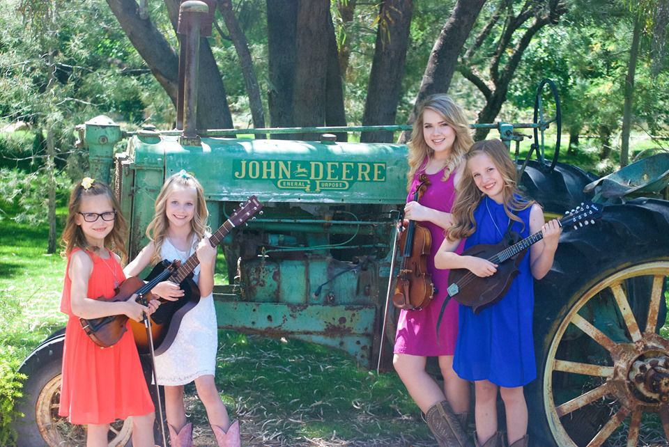 Arizona Wildflowers win titles at state fiddle competition