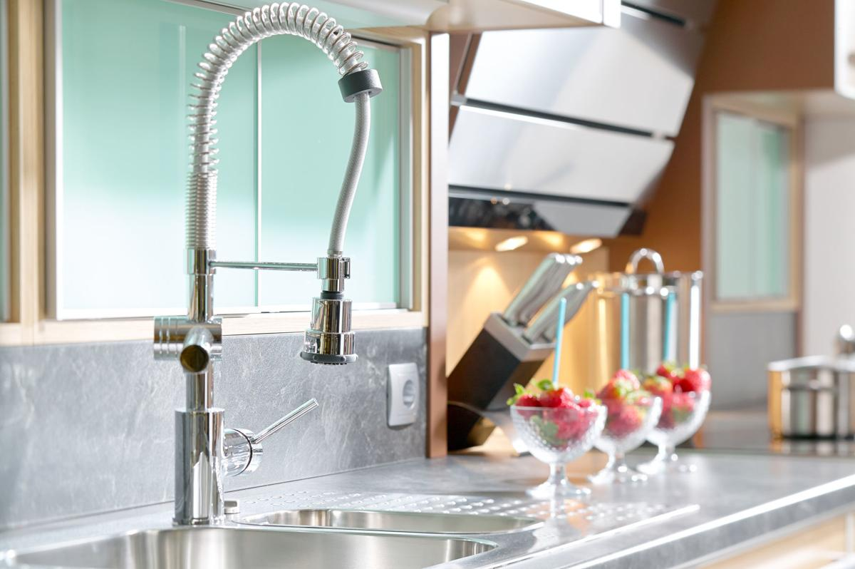 Is It Time To Replace Your Kitchen Faucet Home And Hearth Pinalcentral Com