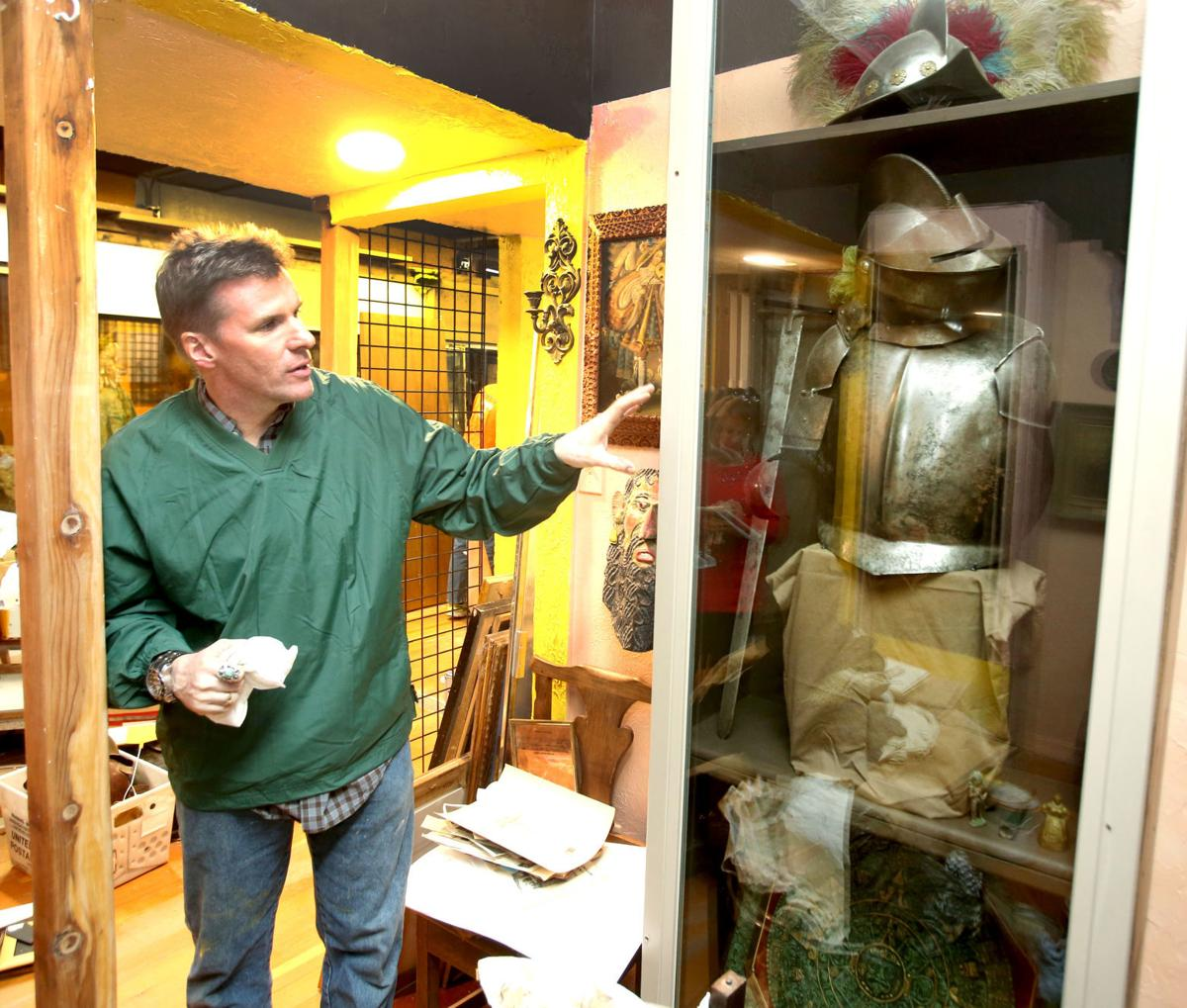 Family behind Casa Grande's pirate ship opens new Pioneer Heroes Museum