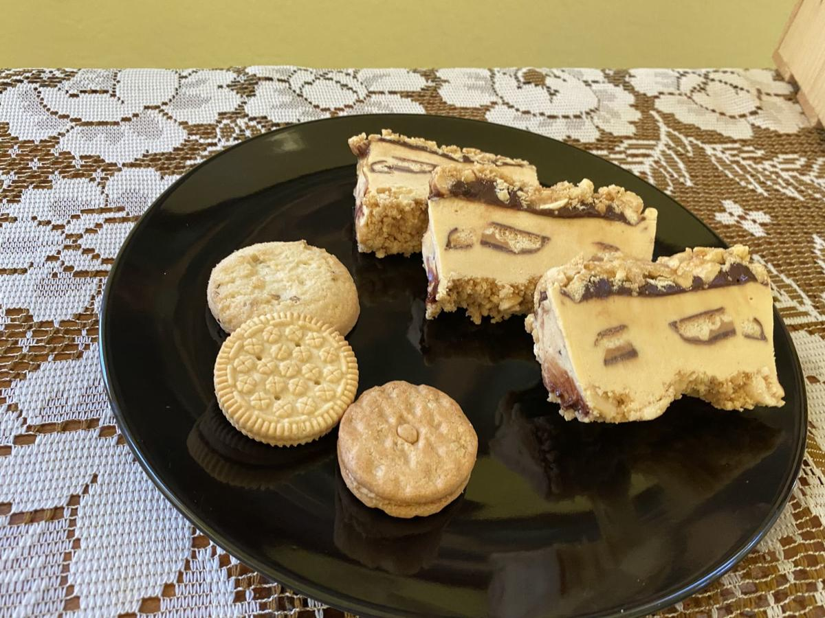 Tagalong and Do-si-do cake