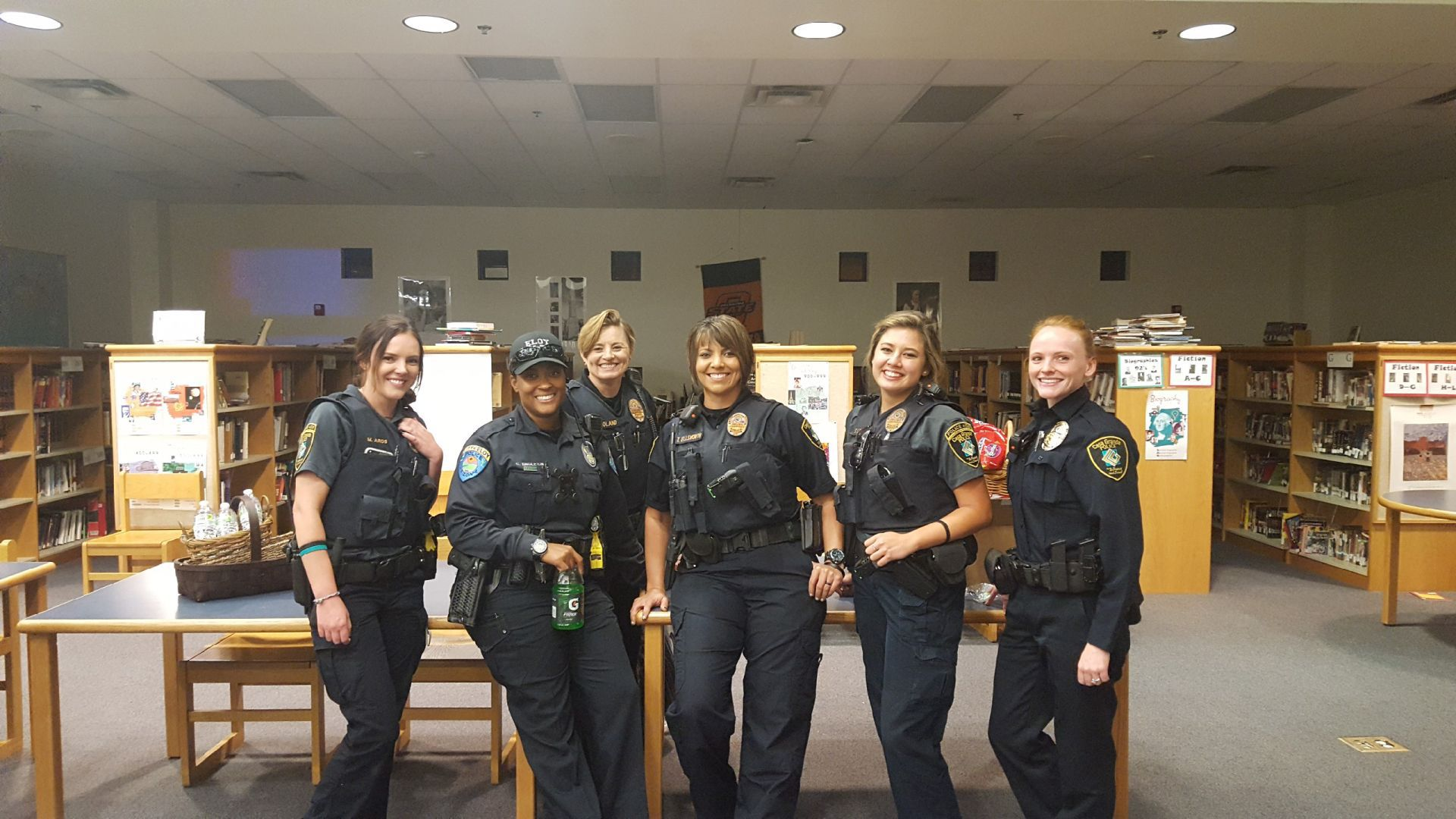 Pinal female officers proud to serve despite lack of numbers area news - Police officer in california ...