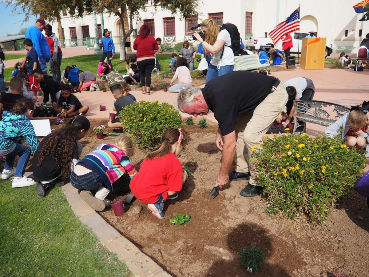 2019 Children's Garden: Community Services
