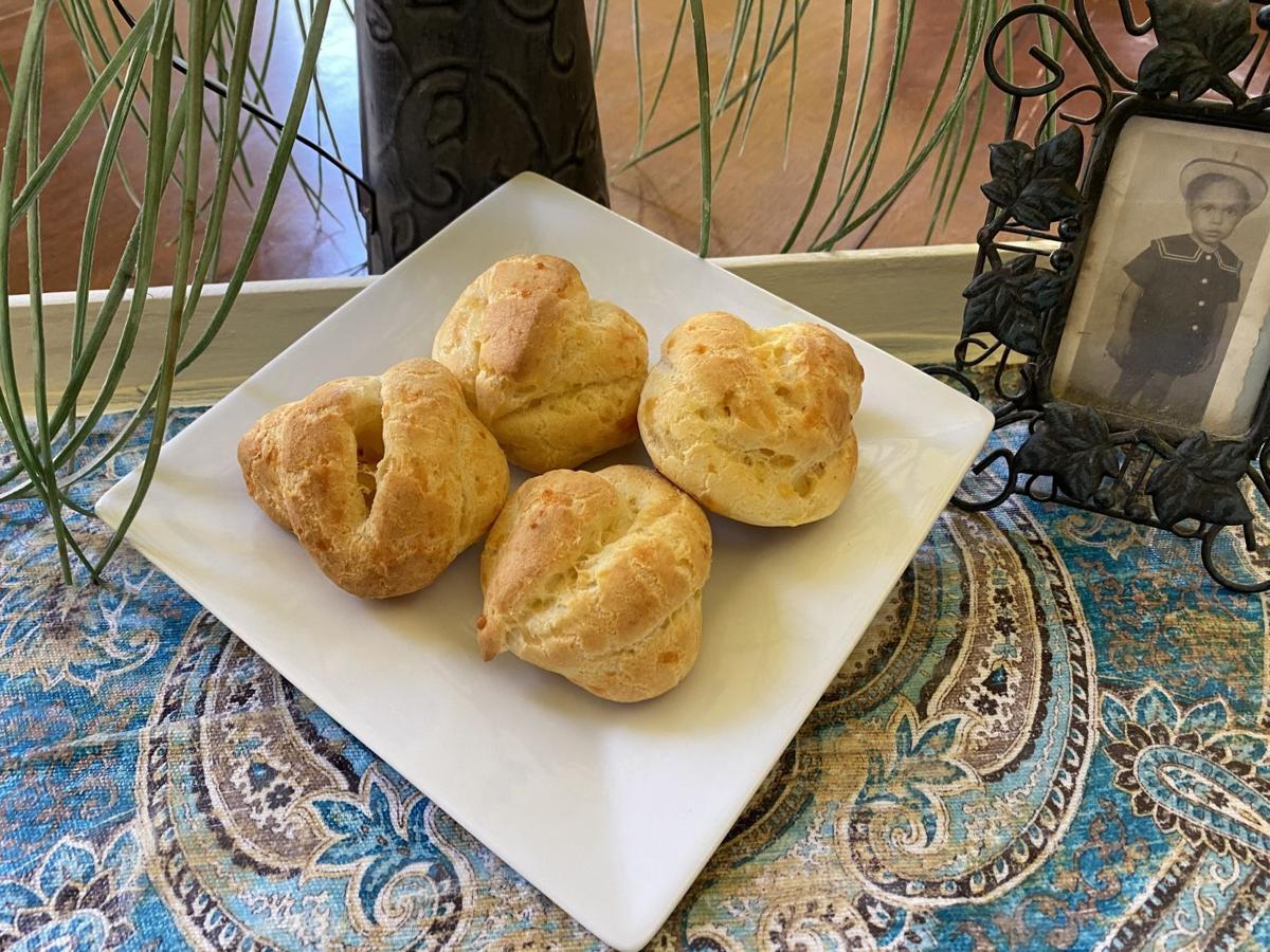 Cheese puff rolls