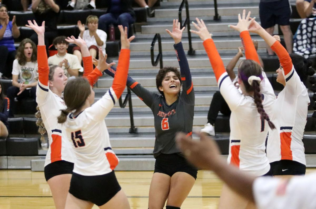 Volleyball: Poston Butte vs. Youngker 9/2/21
