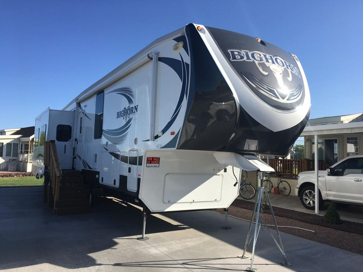 2015 Big Horn 5th Wheel 2