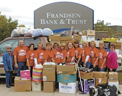 Frandsen Bank & Trust employees give big to New Horizons