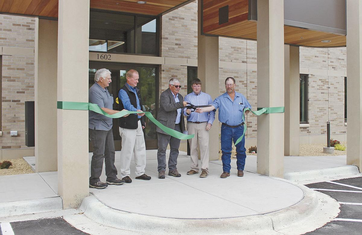 North Pine  Government Center opens doors
