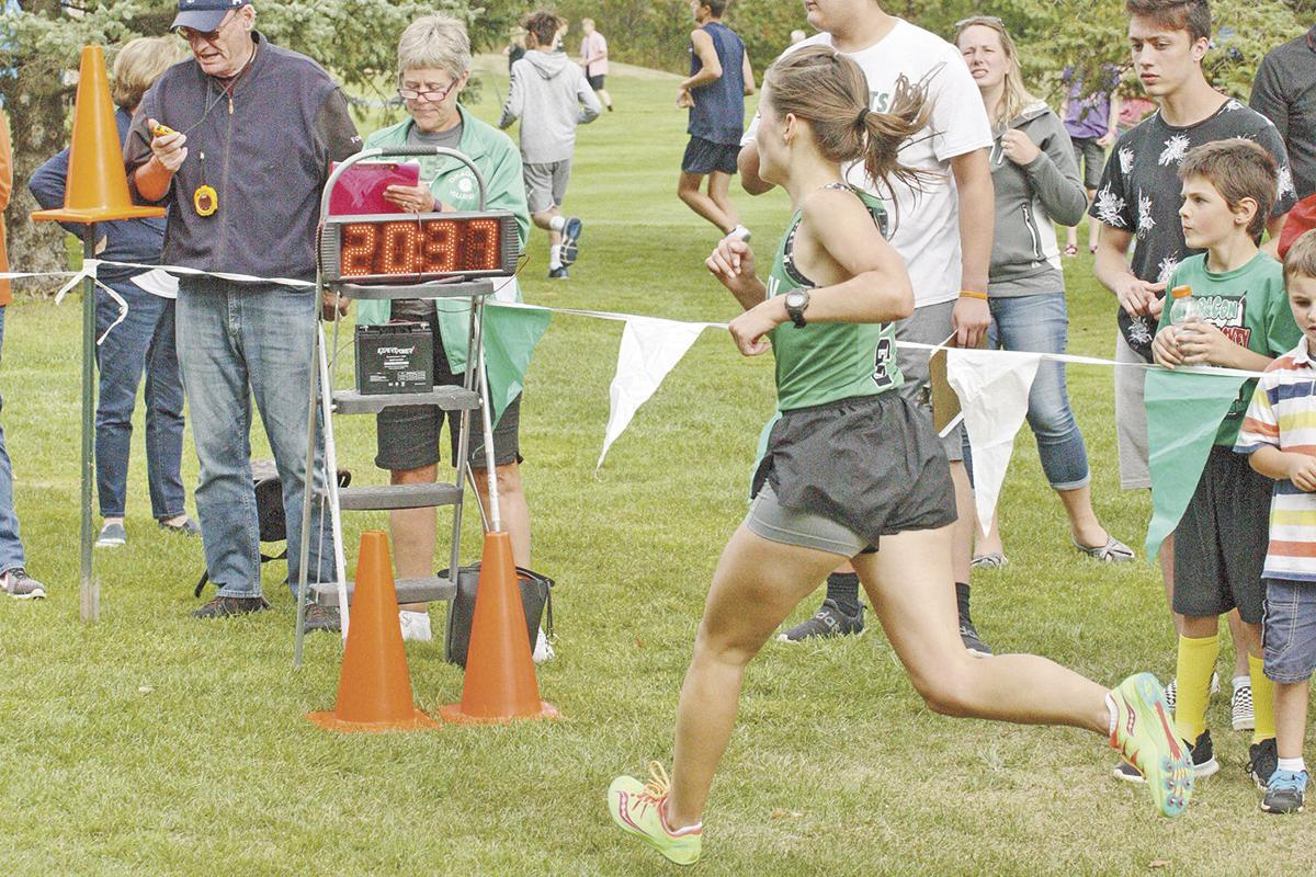 Cross-country hosts 14 teams at Invitational