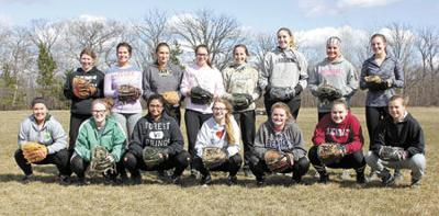 Softball returns young, hungry juniors to the field