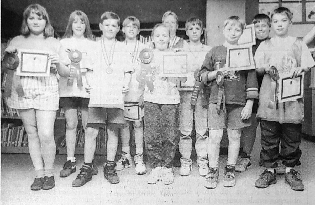 Super science students win prizes in 1995