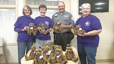 Teddy bears given to Mora hospital